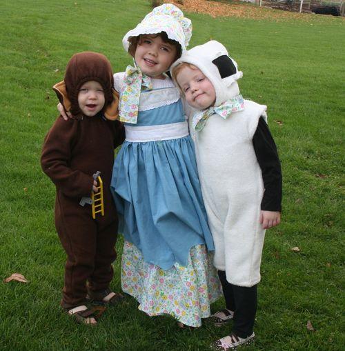 Mary, lamb& monkey