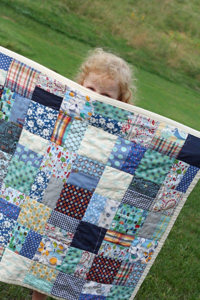 婴儿毯子|聪明的缝纫工程到upcycle织物废料
